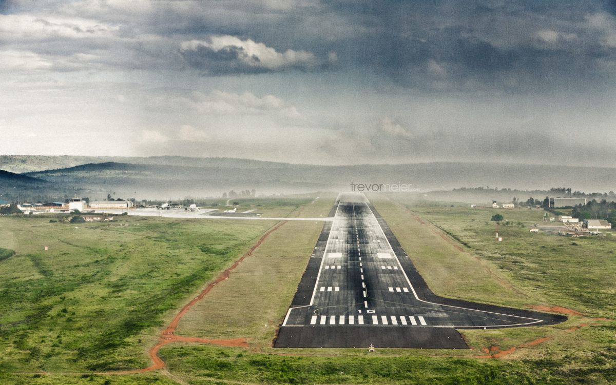 Wallpaper – Kigali Airport